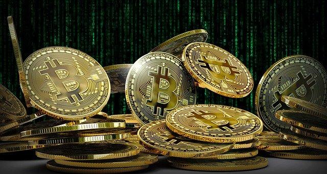Trading kryptoměn od píky: rekordní listopad a dál padající Bitcoin