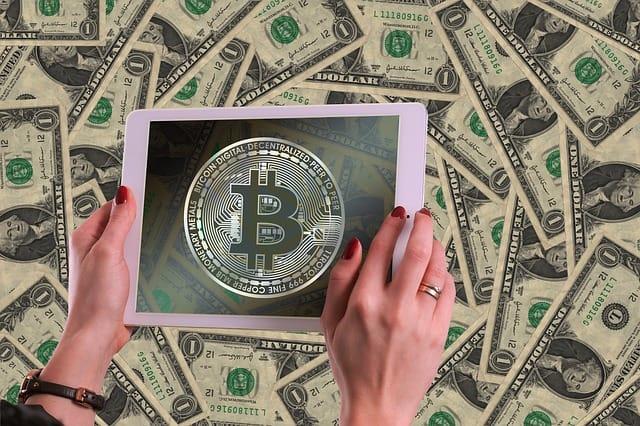 Jak koupit bitcoiny za Kč na směnárně Bitstock (návod a recenze)