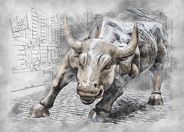 Trading od píky: duben mazal březnové ztráty a (krypto)svět se vracel knormálu