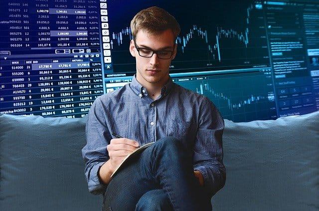 Trading od píky: Bitcoin vříjnu skvěle, alty krvácely